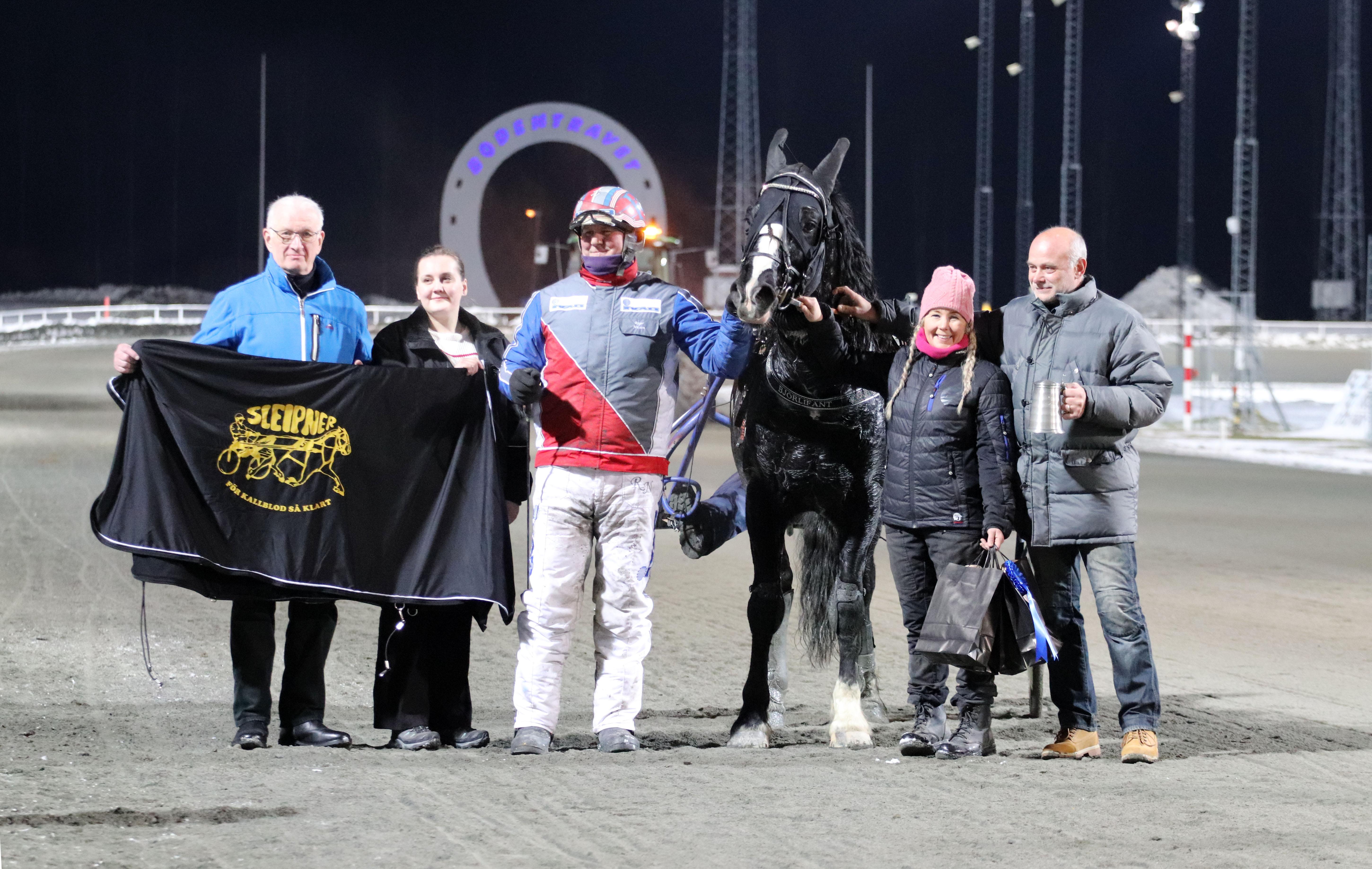 Dubbelt Nilsson i kannorna, Ove och Hanna champions!