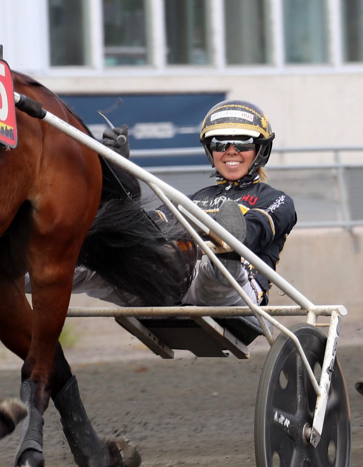 Fem hemmasegrar! – Dubbelseger till Sandra Eriksson!